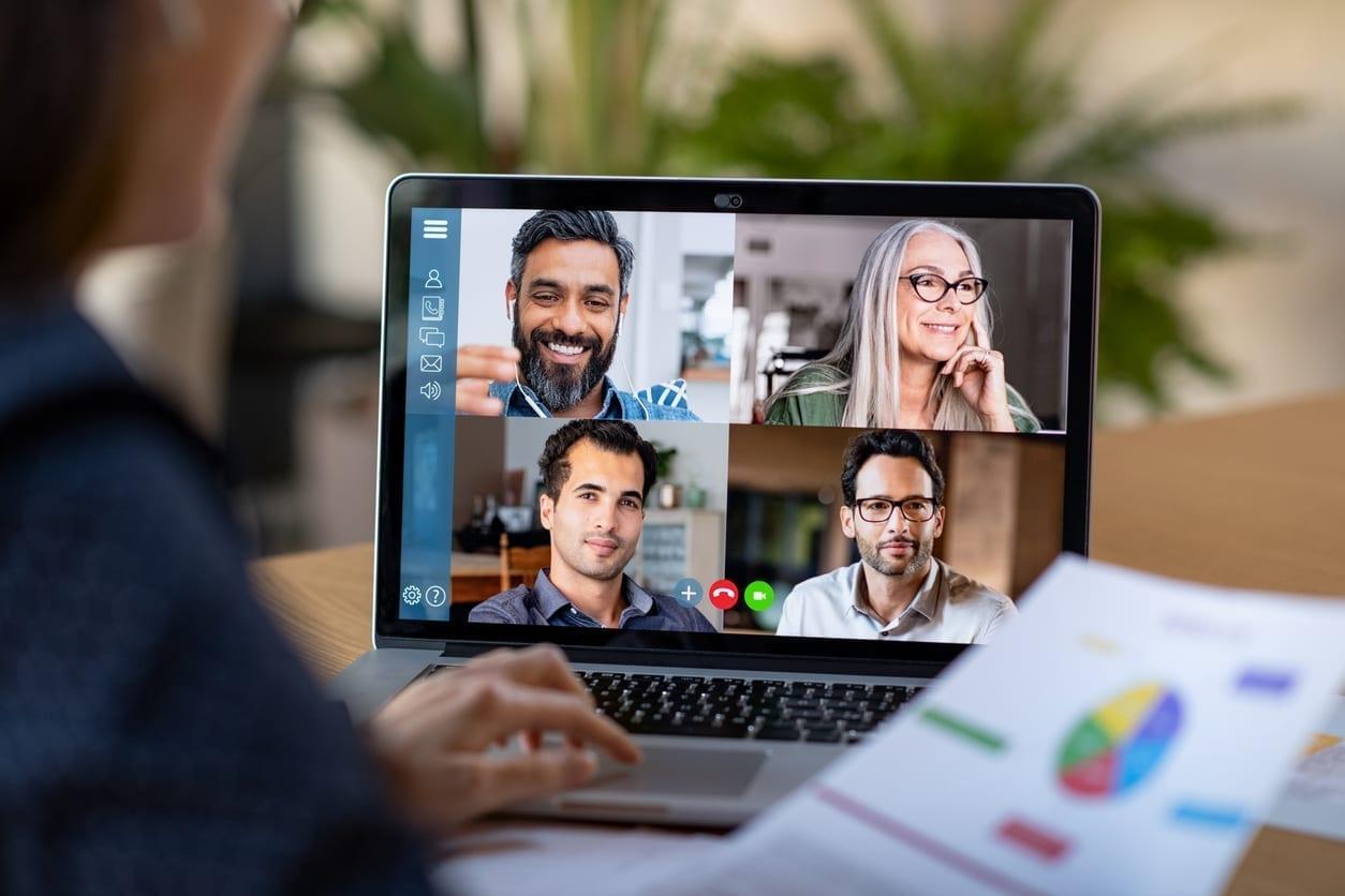 7 conseils pour parler en public et devant l'écran