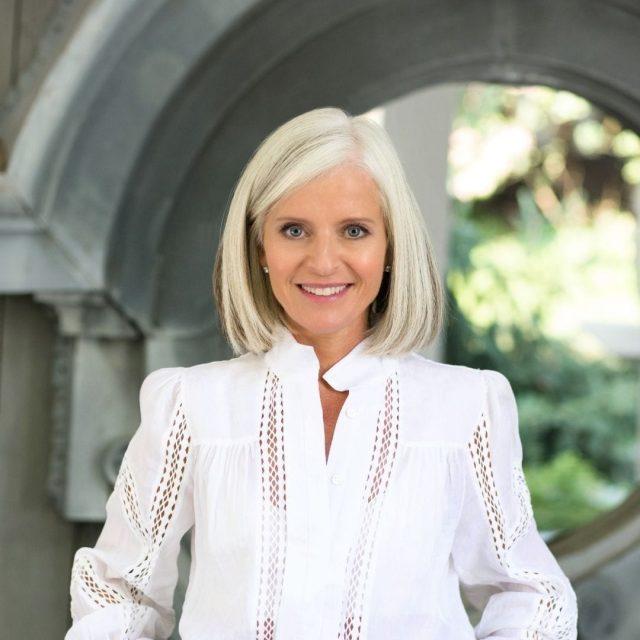 Leader Isabelle Hudon